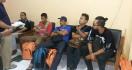 5 Mantan Gafatar Tiba di Youth Center Sleman, Ada yang Kenal? - JPNN.com