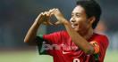 Evan Dimas Dikepung Pemain Persiba - JPNN.com