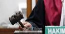 Dua Kurir 70 Kg Sabu-sabu Ini Divonis Berbeda, Ali Dihukum 19 Tahun Penjara, Andi Divonis Mati - JPNN.com