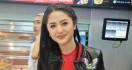 3 Berita Artis Terheboh: Dewi Perssik Diteror, Suami Karen Idol Sedih - JPNN.com