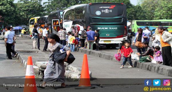 5 Berita Terpopuler: Pendeta Meninggal, Ribuan Orang Mudik ke Jateng, Ketegaran Jokowi - JPNN.COM