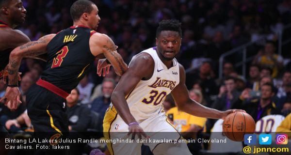 Cavaliers Vs Lakers 2018 >> Cleveland Cavaliers Tumbang Di Kandang La Lakers Olahraga