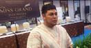 Ivan Gunawan Diperiksa Polisi Soal Salon Kecantikan Ilegal - JPNN.com