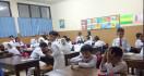 Wahai Para Guru, Jangan Berikan Tugas yang Membebani Psikis Anak Didik - JPNN.com