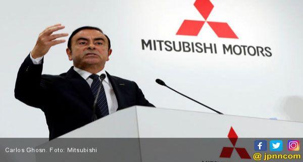 Dalam Pelarian, Ghosn Masih Memikirkan Renault-Nissan - JPNN.COM