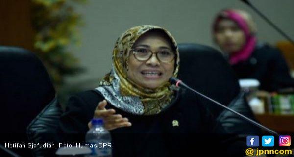 Jokowi Mau Tarik Wewenang Pemda Kelola Guru? Ini Kelebihan & Konsekuensinya - JPNN.COM