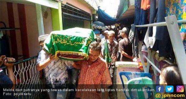 Tragis, Ibu dan Balitanya Tewas Dilindas Truk Usai Rayakan Pesta Ultah - JPNN.COM