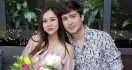 Aura Kasih Beber Alasan Unfollow Suami di Instagram - JPNN.com