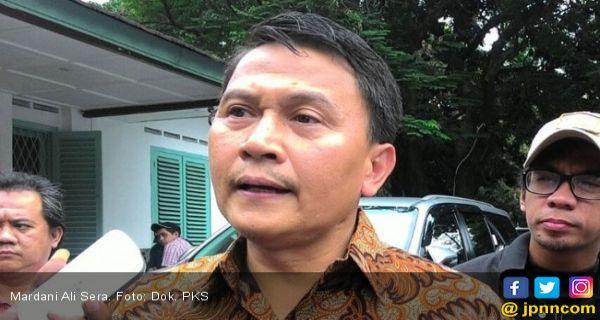 Reaksi PKS Soal Sindiran Presiden Jokowi ke Surya Paloh - JPNN.COM