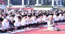 Panglima Salat Idulfitri 1440 H Bersama Ribuan Prajurit dan Warga Masyarakat - JPNN.com