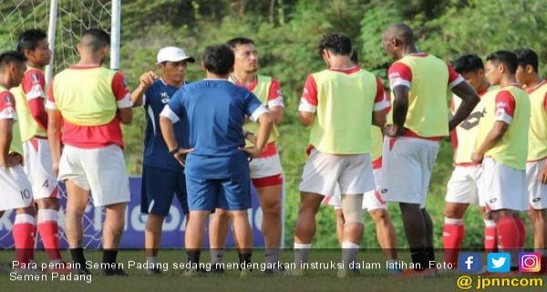 Barito Putera vs Semen Padang: Tuntutan Menang saat Pincang - JPNN.COM