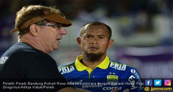 Kapten Persib Bandung Minta Maaf dan Mohon Doa - JPNN.COM
