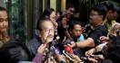 Pak Jokowi Mau Lantik Wantimpres, Pakde Karwo Muncul di Istana - JPNN.com