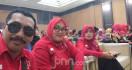 Nur Baitih Honorer K2, Sehari Diundang 3 TV, Didekati Politisi - JPNN.com