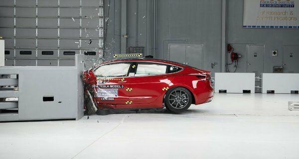 Tesla Model 3 >> Tesla Model 3 Jadi Mobil Listrik Ke 2 Diganjar Top Safety