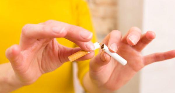 Wanita Ternyata Lebih Sulit Berhenti Merokok, Ini Penyebabnya - JPNN.COM