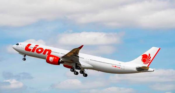 Lion Air JT-718 Tujuan Pontianak Kembali ke Soetta karena Cuaca Buruk - JPNN.COM