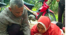 Sungguh Biadab Orang Tua yang Buang Bayi Tanpa Baju di Kebun Sawit - JPNN.com