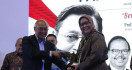 Ade Yasin Bawa Kabupaten Bogor Raih Anugerah Pandu Negeri 2019 - JPNN.com