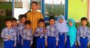 Hermanus: Peran Guru Honorer Sangat Strategis, Angkat Mereka jadi PNS - JPNN.com