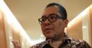 Setujukah Anda Mayoritas Guru Honorer Dipecat? - JPNN.com