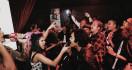 Kontes Adu Singing Diminati, Bukti Orang Indonesia Suka Bernyanyi - JPNN.com