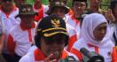 Menteri Siti dan Gubernur Jatim Saling Menyanjung di Hadapan Warga Kota Batu - JPNN.com