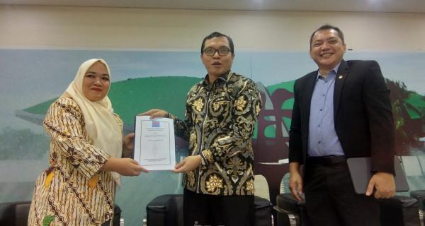 Korwil Honorer K2 Jakarta Berharap DPR Lebih Galak - JPNN.com