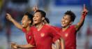 Ekspresi Haru Skuat Garuda Muda setelah Indonesia Bungkam Myanmar - JPNN.com