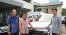 Mitsubishi Outlander PHEV Mendedikasikan Bantu Operasional PMI - JPNN.com