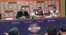 Pelatih MU Sebut Wasit Thoriq Alkatiri Layak Masuk Buku Rekor Dunia - JPNN.com