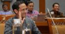 Stafsus Jokowi Curhat Baper ke Menteri Nadiem - JPNN.com
