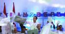 Presiden Jokowi Serahkan Sertifikat Tanah untuk Warga Tarakan Kaltara - JPNN.com