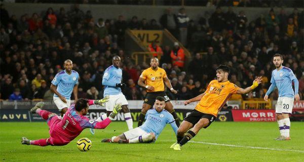 Sempat Unggul 2 Gol, 10 Pemain Manchester City Kalah di Wolverhampton - JPNN.COM