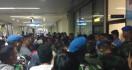 Batal Terbang, Penumpang Mengamuk di Bandara Hang Nadim Batam - JPNN.com