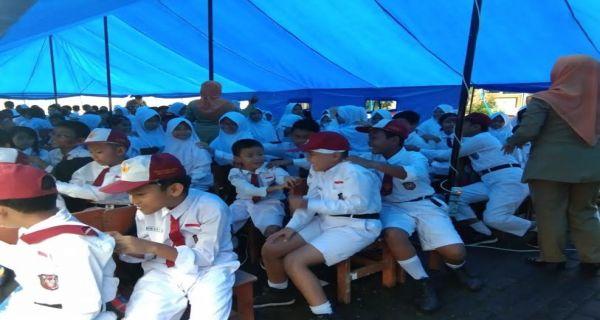Mendikbud Nadiem Pastikan Guru-guru Korban Banjir Dapat Tunjangan Khusus 3 Bulan - JPNN.COM