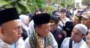 Disangka Penyusup, Belasan Pendukung Anies Baswedan Ditangkap Teman Sendiri - JPNN.com