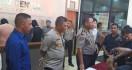 Tiga Oknum Polisi dan Dua Sipil Digerebek Sedang Asik Pesta Sabu-sabu - JPNN.com