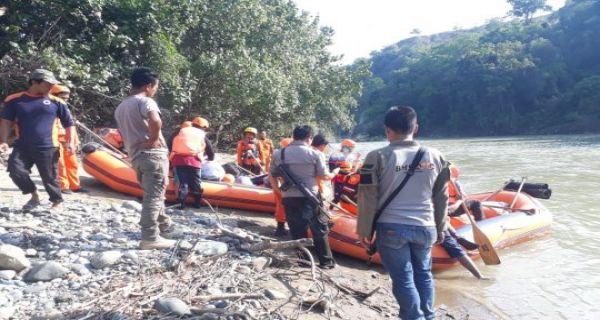 Warga yang Hanyut di Sungai Aceh Tengah Belum Ditemukan - JPNN.COM
