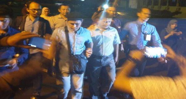 Polisi Resmi Tahan Wabup OKU Terkait Korupsi Tanah Kuburan - JPNN.COM