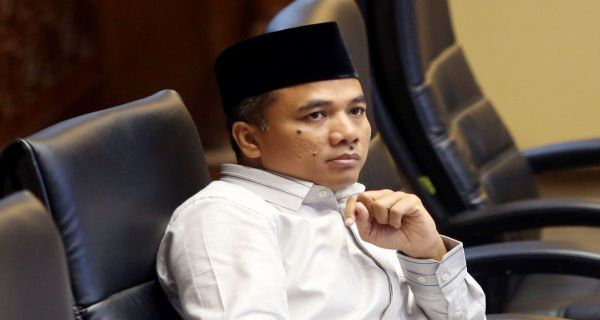 Simak Pernyataan Pimpinan Komisi II DPR soal Honorer K2 - JPNN.COM