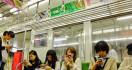 Pemerintah Jepang Berencana Batasi Pemakaian Smartphone, Ini Alasannya - JPNN.com