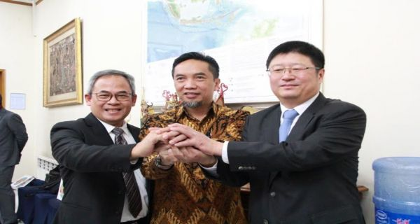 PT PP Tandatangani Kerja sama Pembangunan Proyek Smelter Grade Alumina Refinery - JPNN.COM