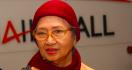 Mendiang Ade Irawan Dikenal Sebagai Aktris yang Disiplin - JPNN.com
