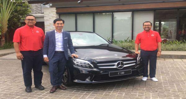 Mercedes Benz Dealership >> Lama Absen Mercedes Benz C180 Tampil Bawa Alternatif Baru