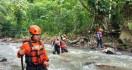 Santri yang Hanyut di Sungai Cisindangbarang Bogor Ditemukan di Tangerang - JPNN.com
