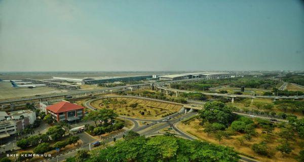 Jokowi Bakal Resmikan Landasan Pacu 3 Bandara Internasional Soekarno-Hatta - JPNN.COM