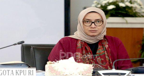 Evi Novida Ginting Dipecat Presiden secara Tidak Hormat, Pengganti Bernama Yessy - JPNN.COM
