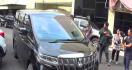 Kasus MeMiles: Dua Mobil Mewah Keluarga Cendana Disita Polisi - JPNN.com