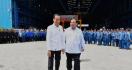 Lihat Nih Kemesraan Jokowi dan Prabowo Saat Tinjau Kapal Selam - JPNN.com